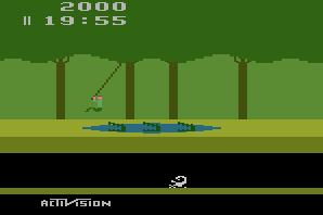 Que faire : utiliser la liane, ou bien prendre le risque de sauter sur les trois crocodiles quand leur gueule est fermée ? Tout dépend du cycle auquel on a affaire et si on ne veut pas perdre trop de secondes