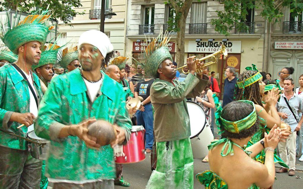 Samedi 4 juillet 2009 ,Carnaval Tropical de Paris 2009, à l'initiative de la Mairie de Paris (Délégation Générale à l'Outre-Mer)...Départ a été donné a 14h Place de la Nation 75011 et  Arrivée fut vers 20h a la Porte de Pantin ....ce fut