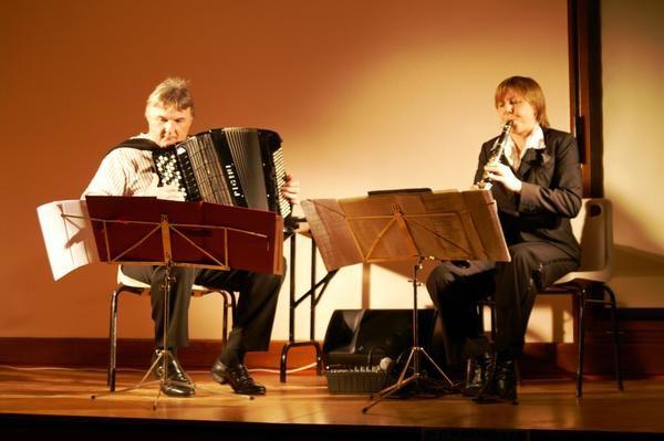 Concert Béatrice BERNE à la clarinette et Alain BERNARD à l'accordéon MONTPENSIER