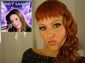 Buzz: Cindy Sander change de look (photo)