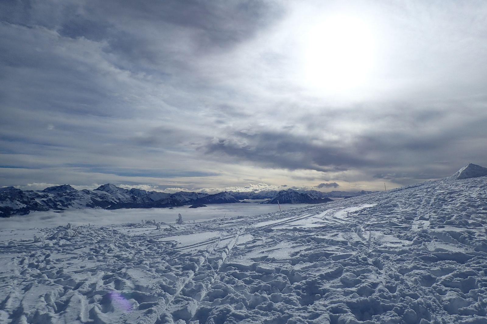 Semnoz : Crêt de Chatillon; versant ouest et plateau