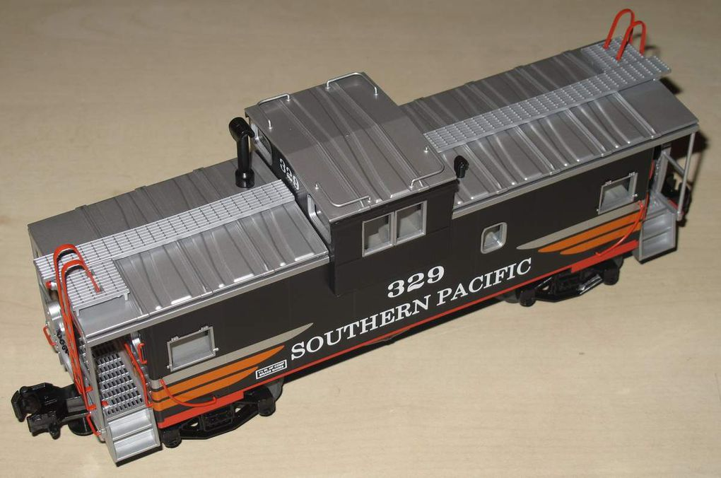 MTH Premier Southern Pacific Extended Vision Caboose