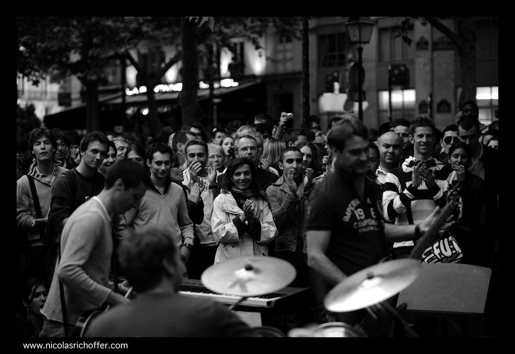 De Châtelet à Saint-Michel, petite balade dans les rues de Paris le 21 juin 2010.