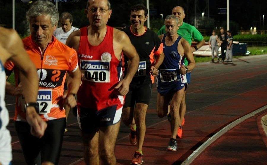 5000 metri in Pista contro la Violenza sulle Donne. L'evento partecipato ha lasciato il segno tra divertimento, agonismo e impegno sociale