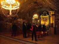 Nous avons visité une ancienne mine de sel dans la région de Bochnia. Celle-ci était exploitée dès le XXII ème siècle et a fait la fortune des rois de l'époque.