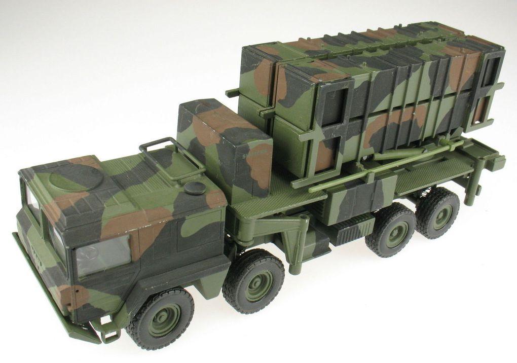 Diaporama 1 : camion MAN 15 t gl BR KAT I A1 Missiles Patriot au 1/50 (base Conrad)