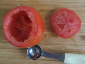 Tomates farcies aux épinards, bresaola et mozzarella-light