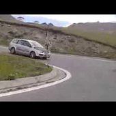 Goldwing le stelvio montée du col par la Suisse 9