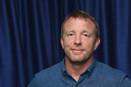 TOFF GUYS, GUY RITCHIE REVIENT AUX GANGSTERS