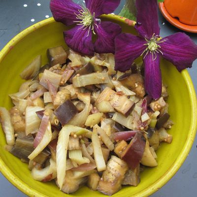 Tajine d'aubergines au fenouil