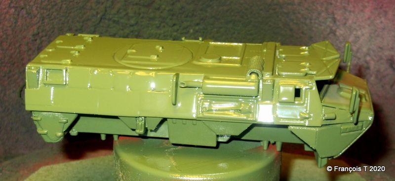La caisse du VAB 4x4 Ultima en devenir a reçu sa première couche de peinture. Vous noterez l'ajout des rétroviseurs...