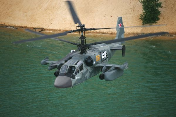 "Photo : (c) Russian Helicopters - Ka-52 ""Alligator"" lors d'un vol."