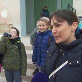 Grève du 5 décembre : parents et enfants s'organisent - Le journal de 13h | TF1