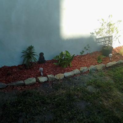 0n bosse dans le jardin il commence à prendre forme