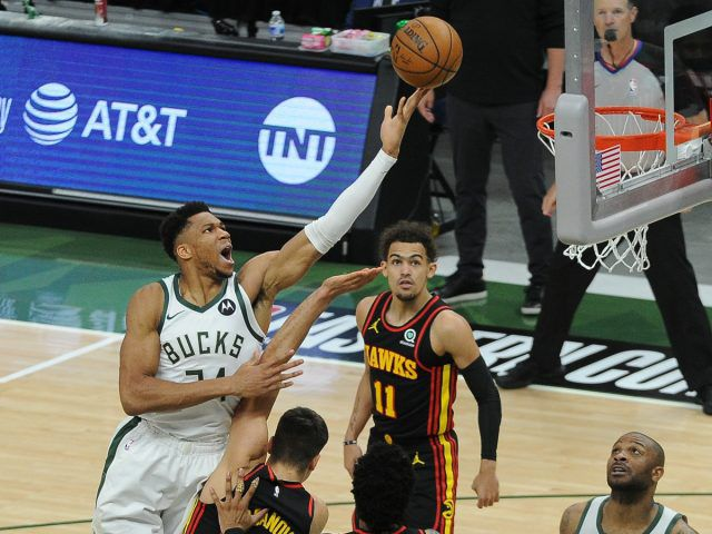Milwaukee réagit de la plus belle manière en écrasant les Hawks (1-1)