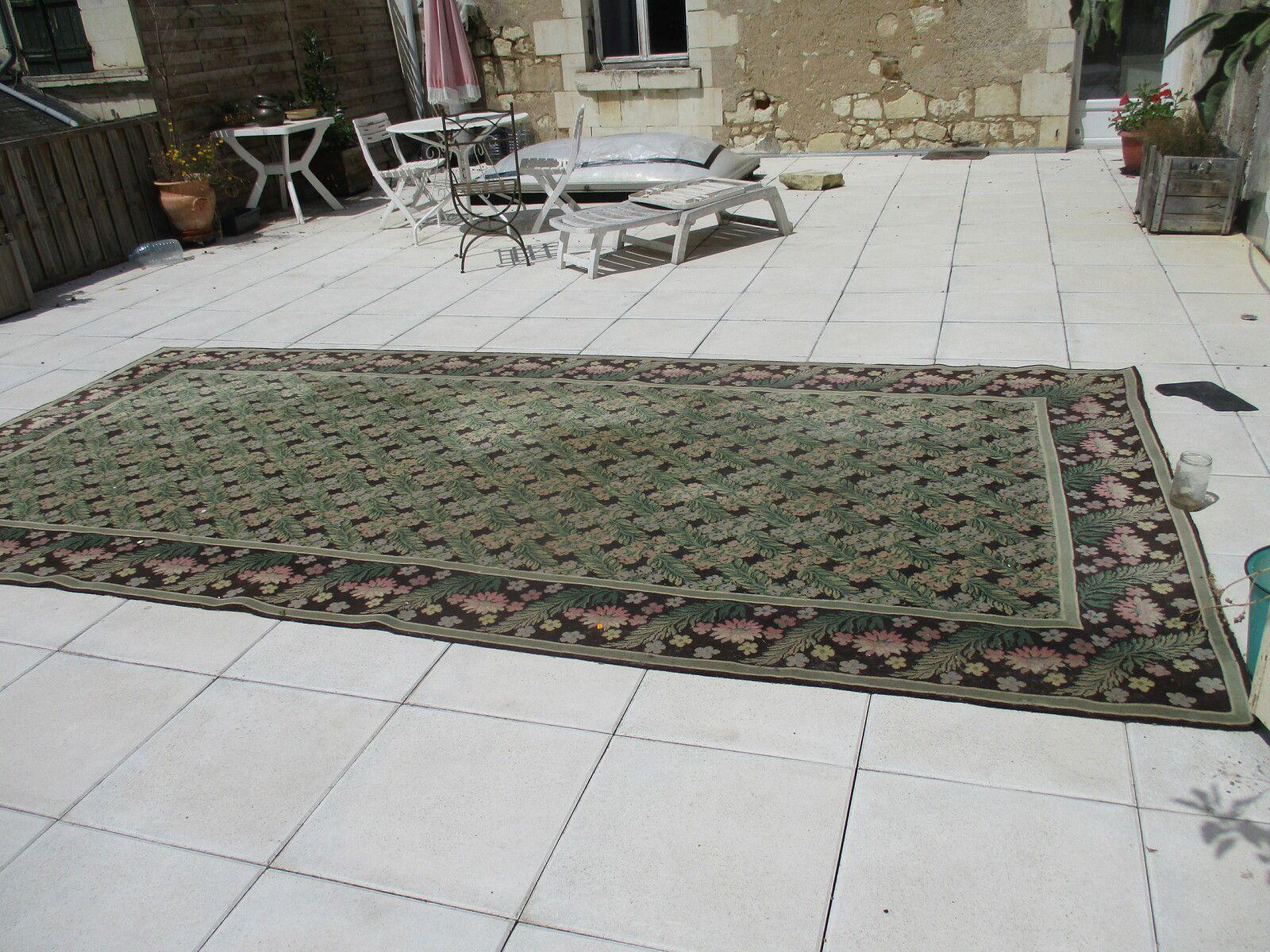 grand tapis LAINE de 4.40 mtsx2.20 mts decor  de feuillages mécanique bon etat  prix 145€