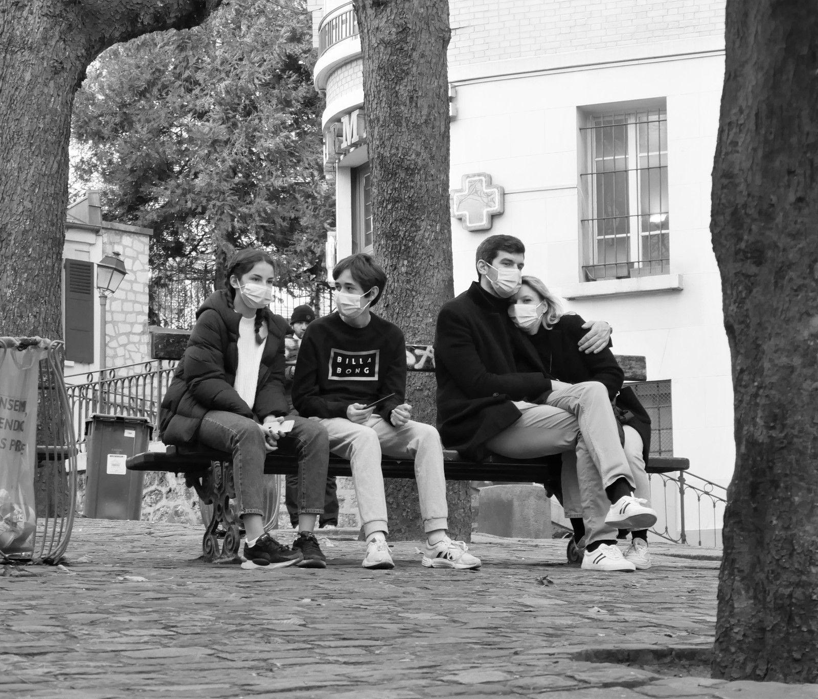 Novembre 2020. Photos jour après jour à Montmartre.