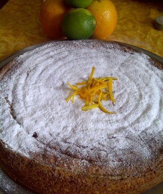 Le gâteau à l'orange et aux amandes
