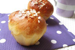 Petits pains au lait pour le petit-déjeuner