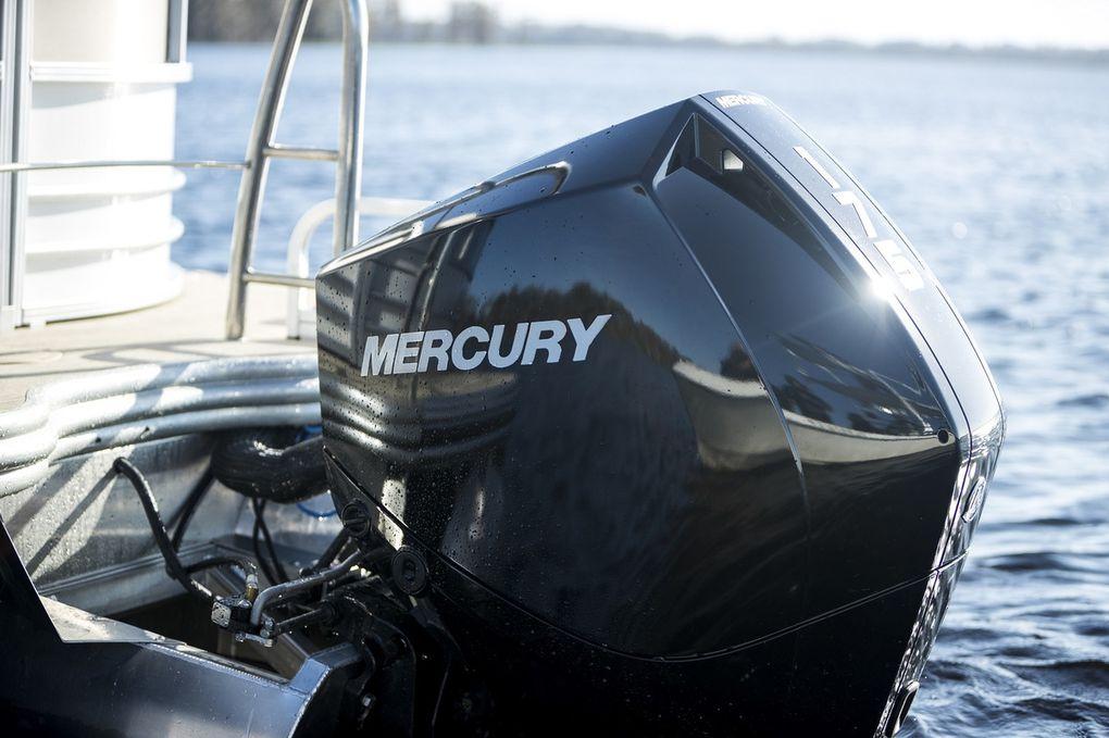 Mercury Marine wins prestigious iF Design Award for V-6 outboard engine platform