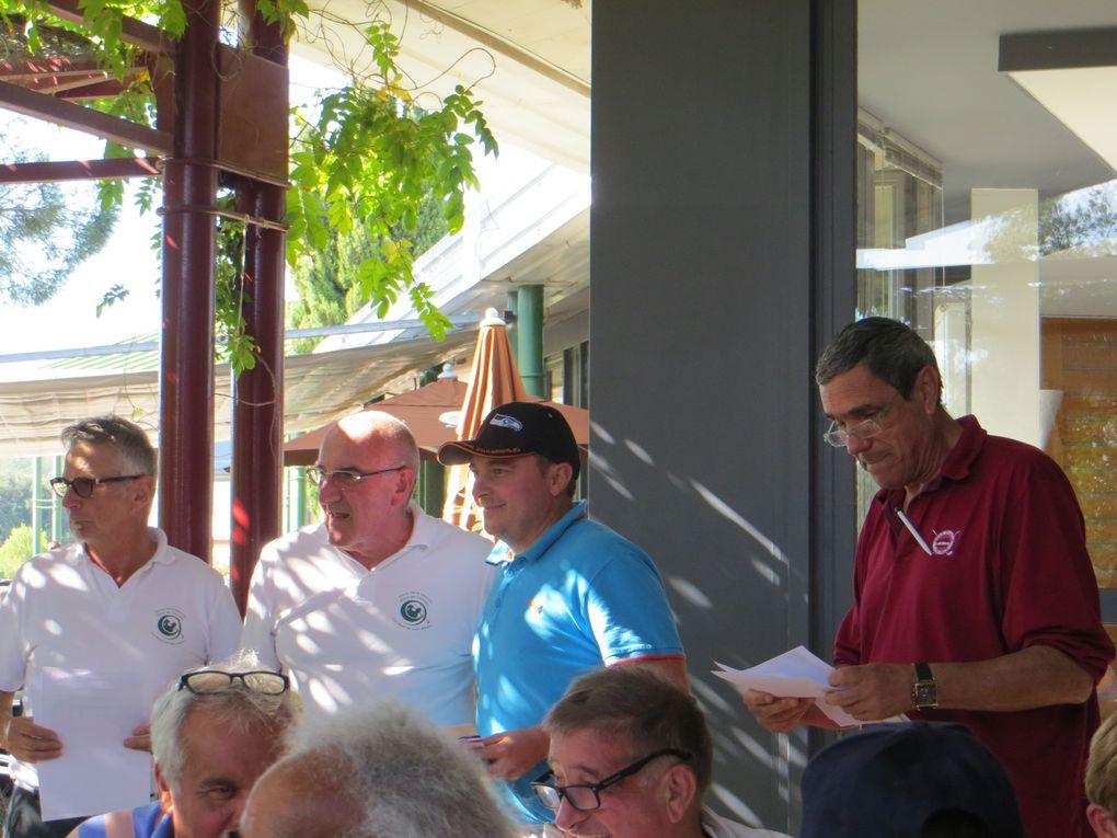 """Merci à Jean Luc Vincent, à Jean Marie Bonventre """"Cévenol Golf Open Tour 2015"""" & à Francis Laganier président de l'ASA du Golf du Grand Ales pour la remise des Prix"""