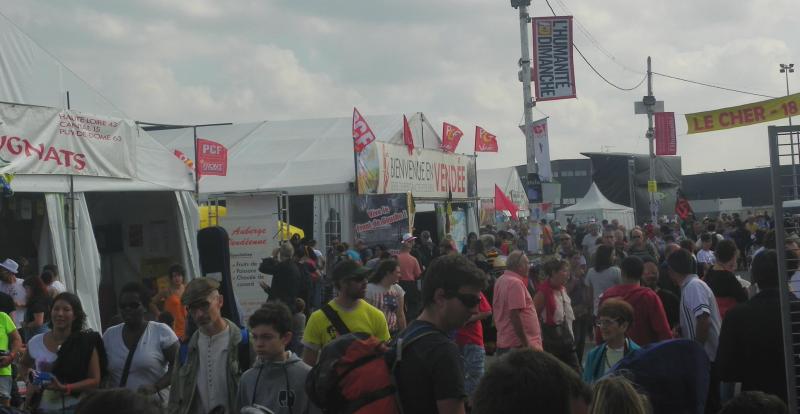 """""""Les militants du bourbonnais"""" font la fête à la Courneuve"""