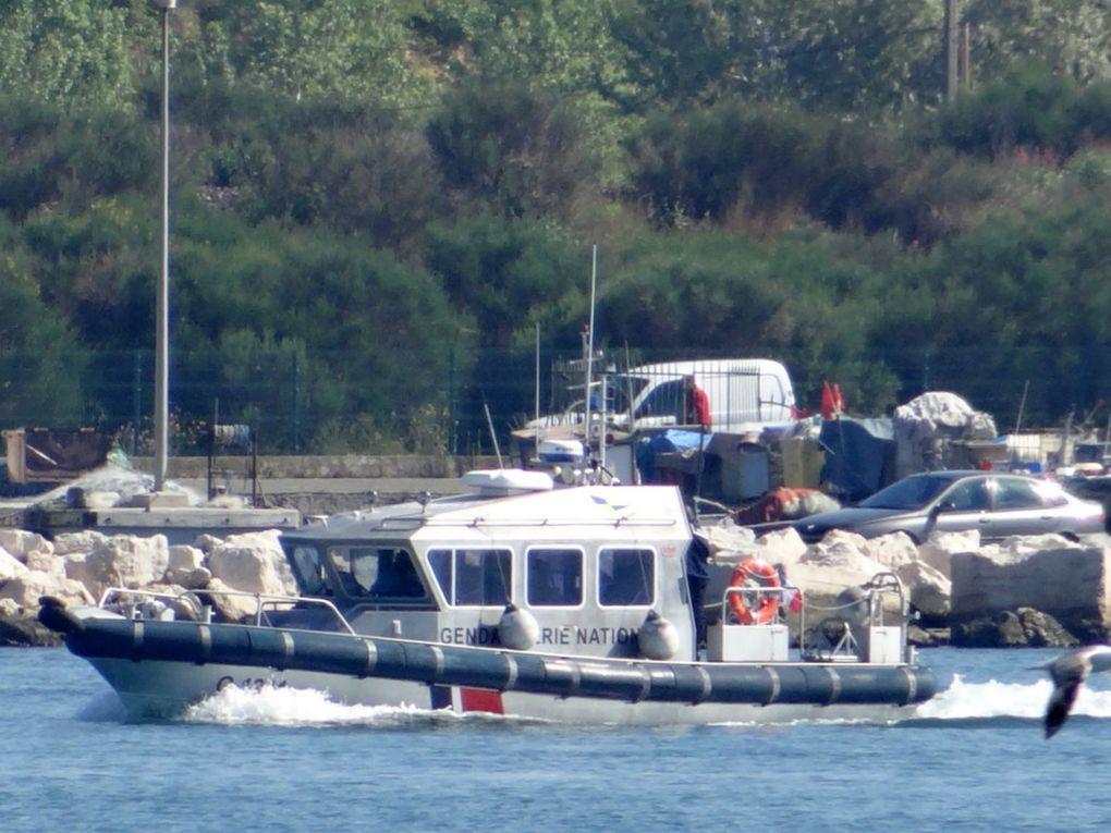 PONTOMEDOUSA  G1241 , Embarcation rapide de la gendarmerie nationale à Port de Bouc le 21 avril 2015