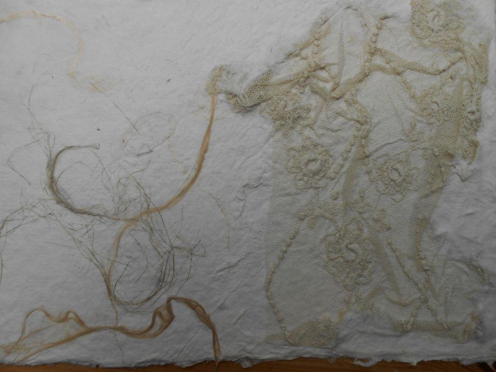 Papier de chanvre et abaca , fibres de lin, soie, chanvre, ramie et vieilles dentelles