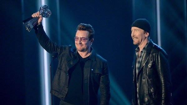 Bono et The Edge au iHeartRadio Awards  03/04/2016