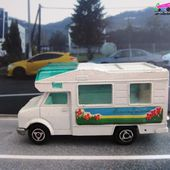 224-B FOURGON CAMPING NATURE MAJORETTE 1/67 - car-collector.net