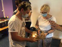 Les élèves du collège EREA/LEA d'Albertville en Savoie, remise de cadeaux pour les élèves de l'île d'Eloubaline