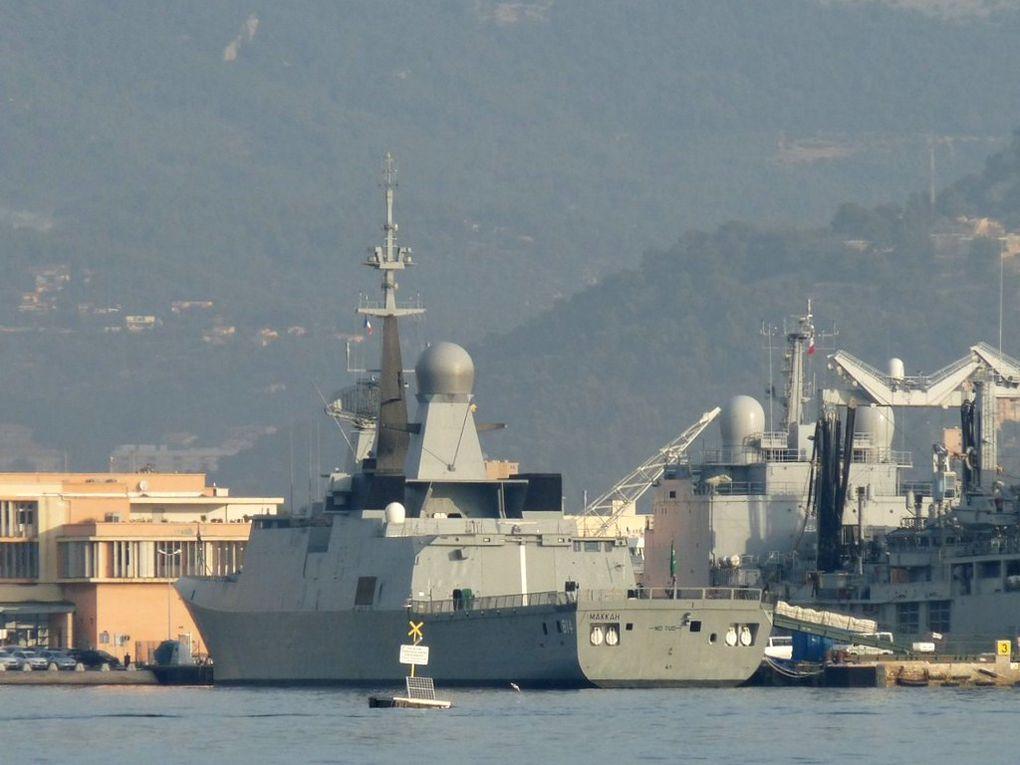 MAKKAH  814 , Frégate de la marine d'Arabie Saoudite