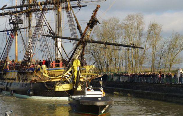 Un nouveau problème pousse l'Hermione à quitter Rochefort pour La Rochelle