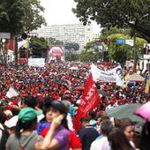 « Non aux sanctions contre le Venezuela » : la lettre de Noam Chomsky et de près de 150 intellectuels et militants états-uniens et canadiens