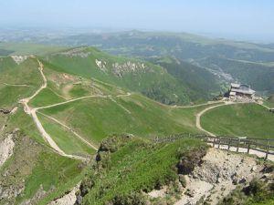 GR 30 - Tour des volcans d'Auvergne / PARTIE 2