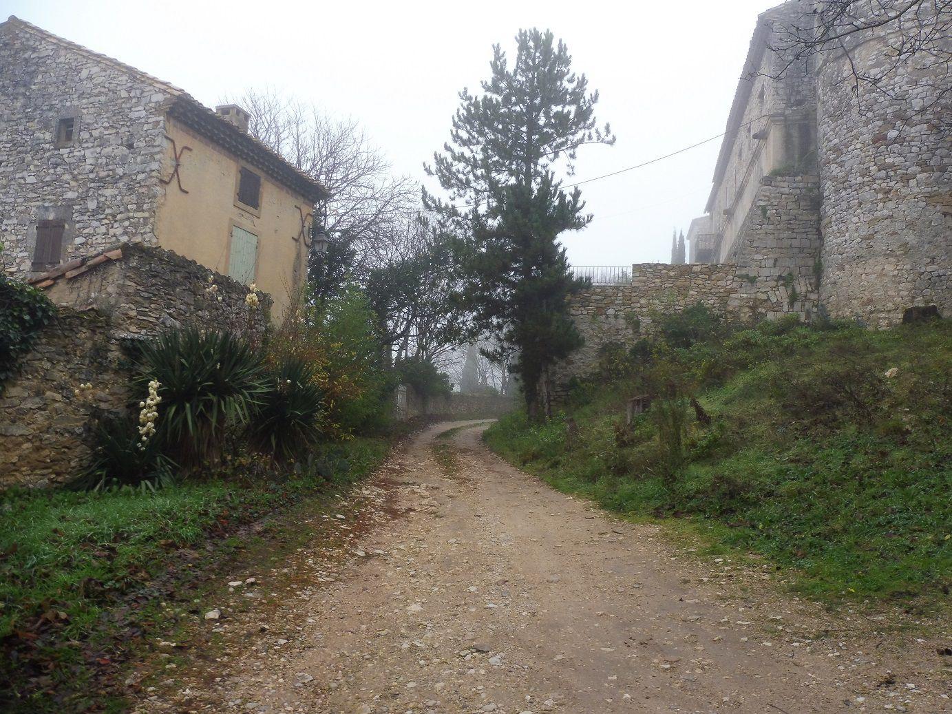 Randonnée à Saint Victor la Coste (30).