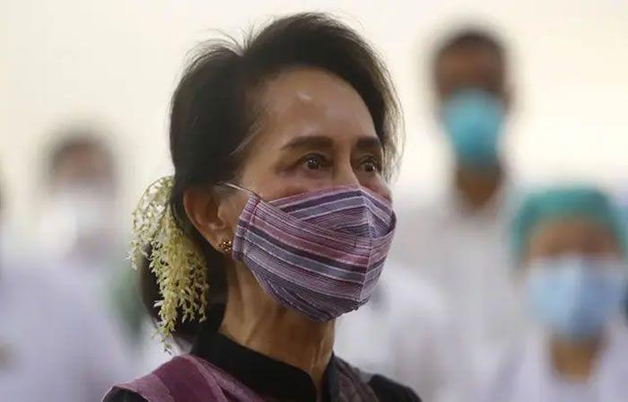 Aung San Suu Kyi à Naypyidaw, capitale de la Birmanie, le 27 janvier 2021. — Aung Shine Oo/AP/SIPA