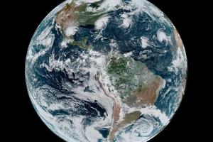 """Une sècheresse """"remarquable"""" s'installe en Polynésie * TNTV Tahiti Nui Télévision. Preuve que le dérèglement climatique touche déjà fortement les régions tropicales,  et ce n'est pas fini...loin de là"""