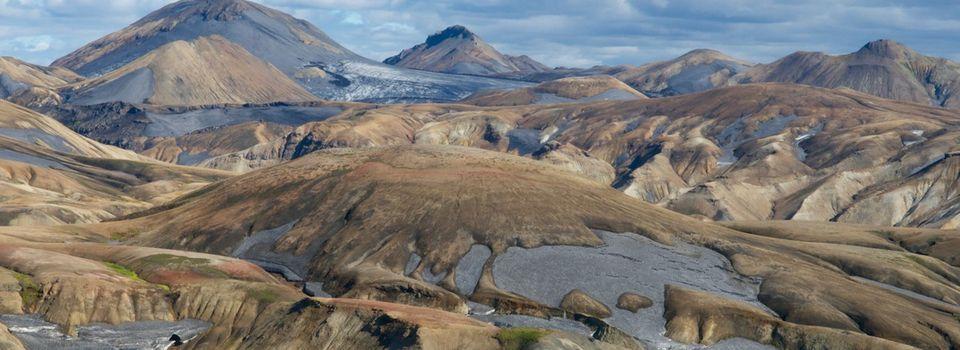 Marcher au coeur des éléments en Islande