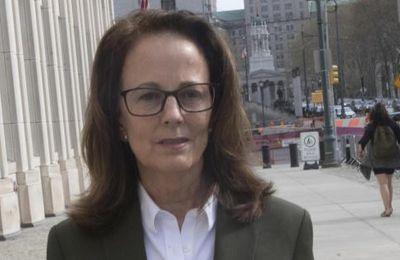 Nexium : Kathy Russell quitte la secte