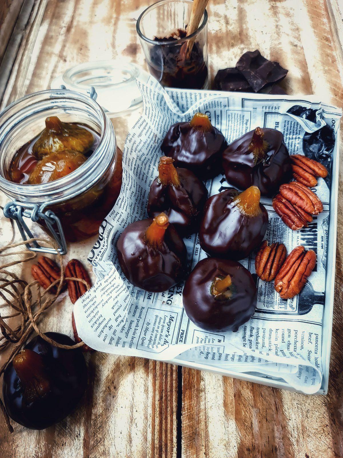 Bouchées de figues confites aux noix de pécan enrobées au chocolat