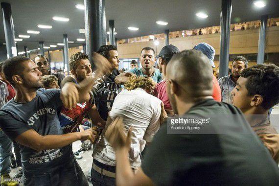 Agression d'un migrant sur une sexagénaire en france , ce qui nous attend comme en Allemagne ,Résumé :