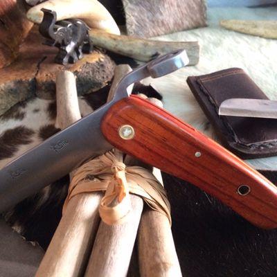 Création couteau piémontais en bois de padouk
