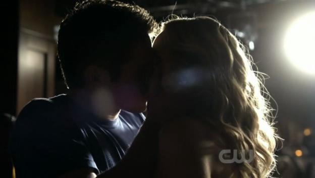 Critiques Séries : The Vampire Diaries. Saison 2. Episode 16.