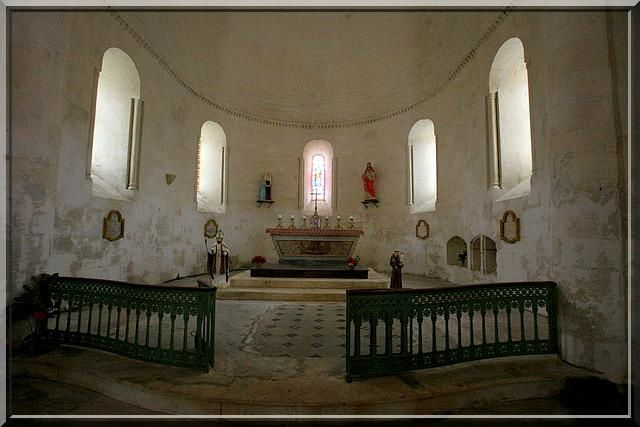 Diaporama Ecoyeux : Eglise fortifiée et Maison forte