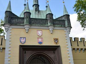 l'église Saint Laurent avec ses 2 façades