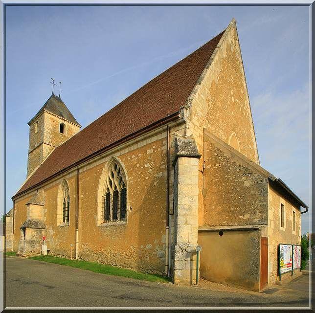 Diaporama église fortifiée de La Rouge