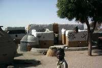 """Invitation à la Projection de """"Femmes bâtisseuses du Niger """" au Musée du Quai Branly mercredi 1er décembre 2010"""