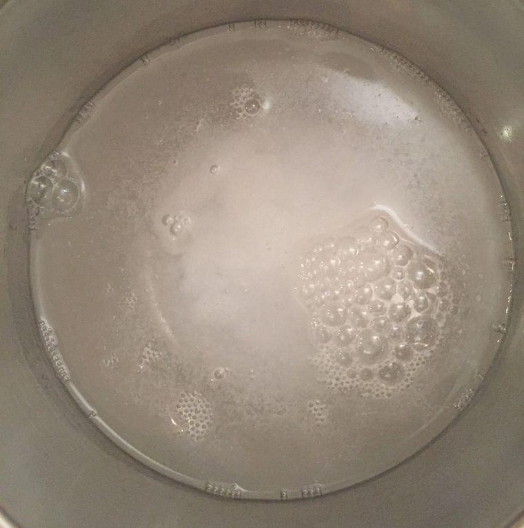 Gel Nettoyant Exfoliant aux Agrumes, Ginseng et Miel de Manuka