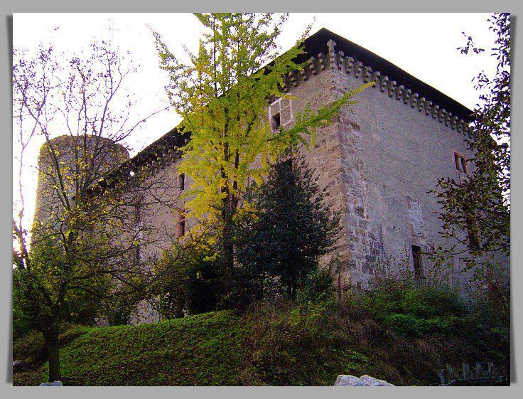 Diaporama château de Saint Hélène sur Isère